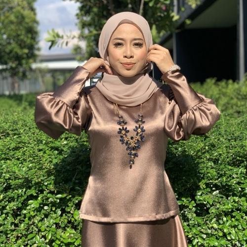 Adior Bunga Medina Blouse Tops
